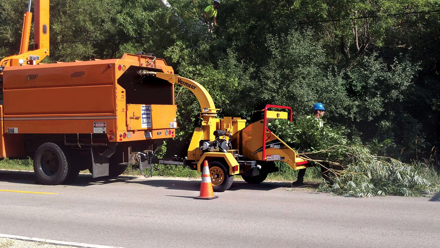 Commercial Tree Services-Lakeland FL Tree Trimming and Stump Grinding Services-We Offer Tree Trimming Services, Tree Removal, Tree Pruning, Tree Cutting, Residential and Commercial Tree Trimming Services, Storm Damage, Emergency Tree Removal, Land Clearing, Tree Companies, Tree Care Service, Stump Grinding, and we're the Best Tree Trimming Company Near You Guaranteed!